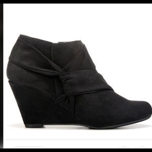 New Report Black Ankle Boots